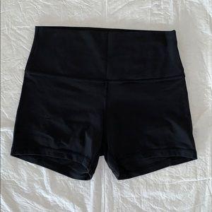 """Lululemon HR Black Align 4"""" Shorts 10"""